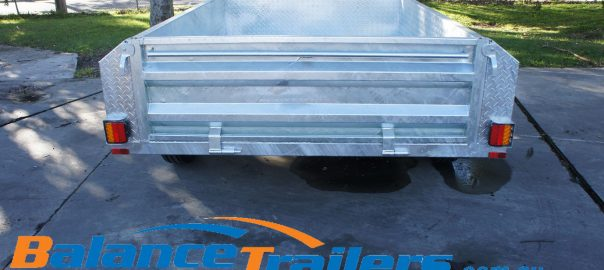 car trailer image from behind