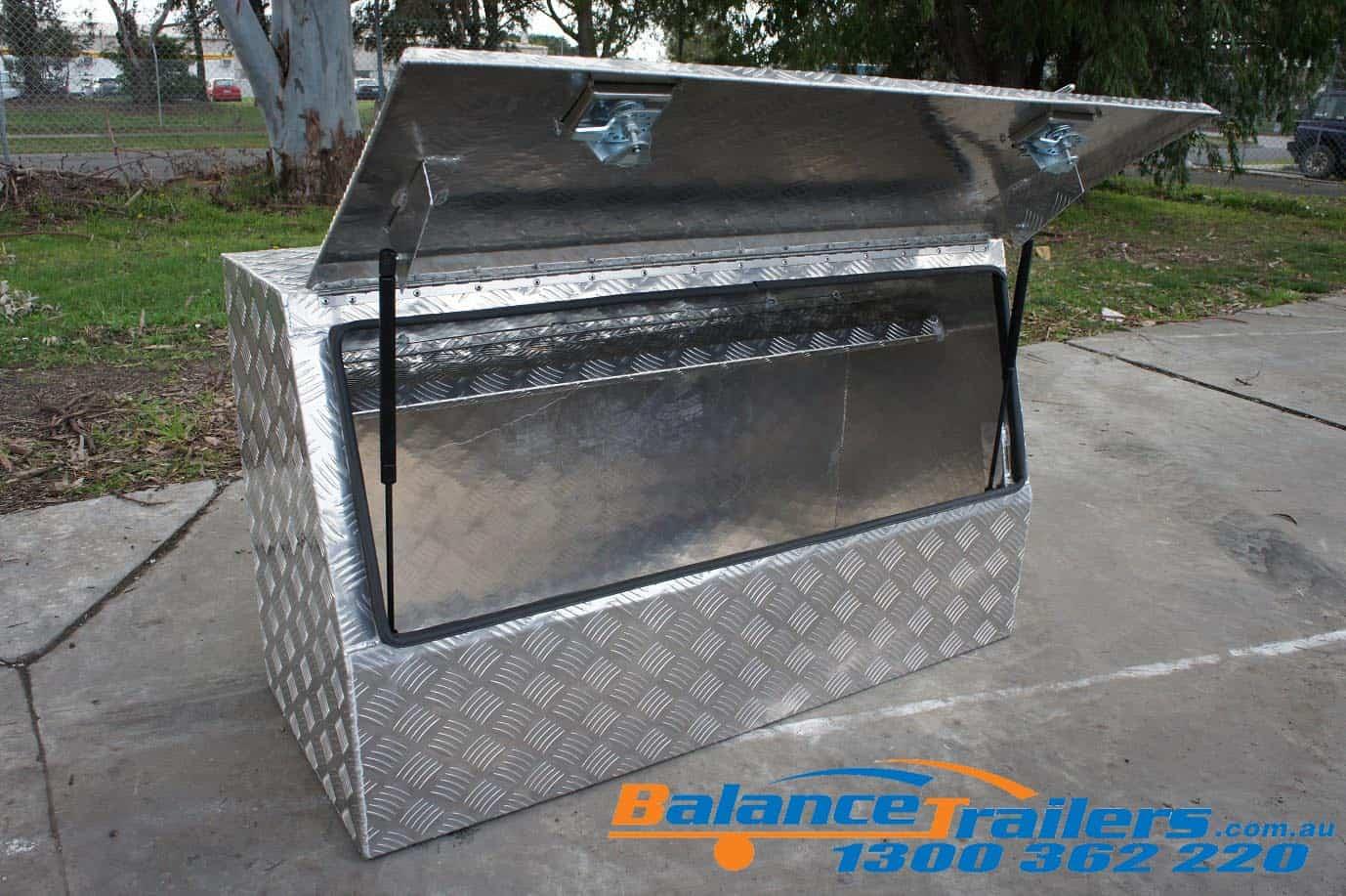 Trapezoid Aluminium Tool Box 1200x700x500mm